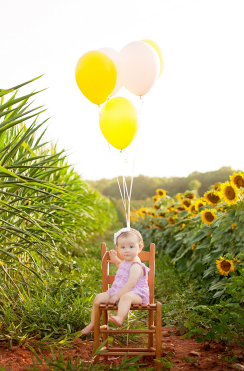 Sunflower Sessions | Charlotte, NC Family Photographer #jessicadevinneyphotography