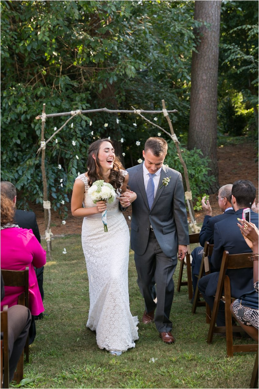 jessica_ryan_photography_womans_club_of_portsmouth_virginia_wedding_portsmouth_candid2_1103