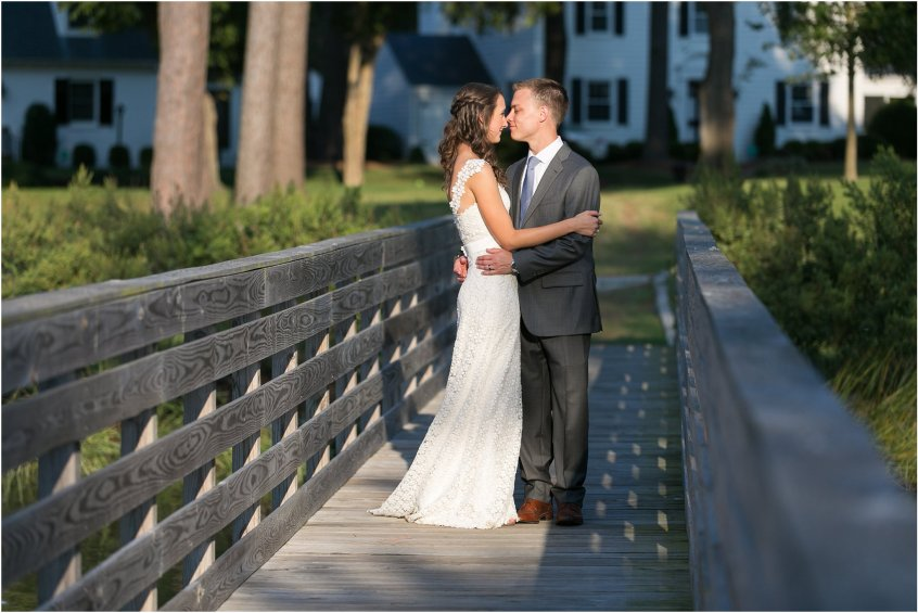 jessica_ryan_photography_womans_club_of_portsmouth_virginia_wedding_portsmouth_candid3_1117
