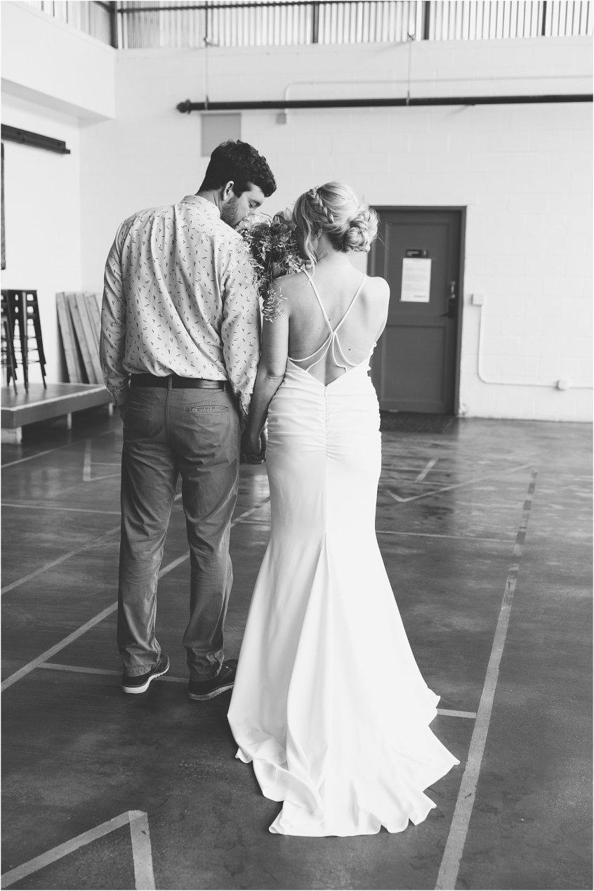 jessica_ryan_photography_oconnor_brewing_wedding_oconnor_brewing_co_norfolk_virginia_roost_flowers_blue_birds_garage__0800