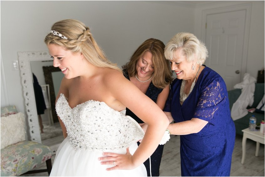 jessica_ryan_photography_virginia_beach_water_tabe_wedding_vera_wang_wedding_dress_0666
