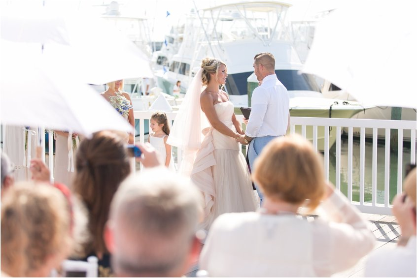 jessica_ryan_photography_virginia_beach_water_tabe_wedding_vera_wang_wedding_dress_0607