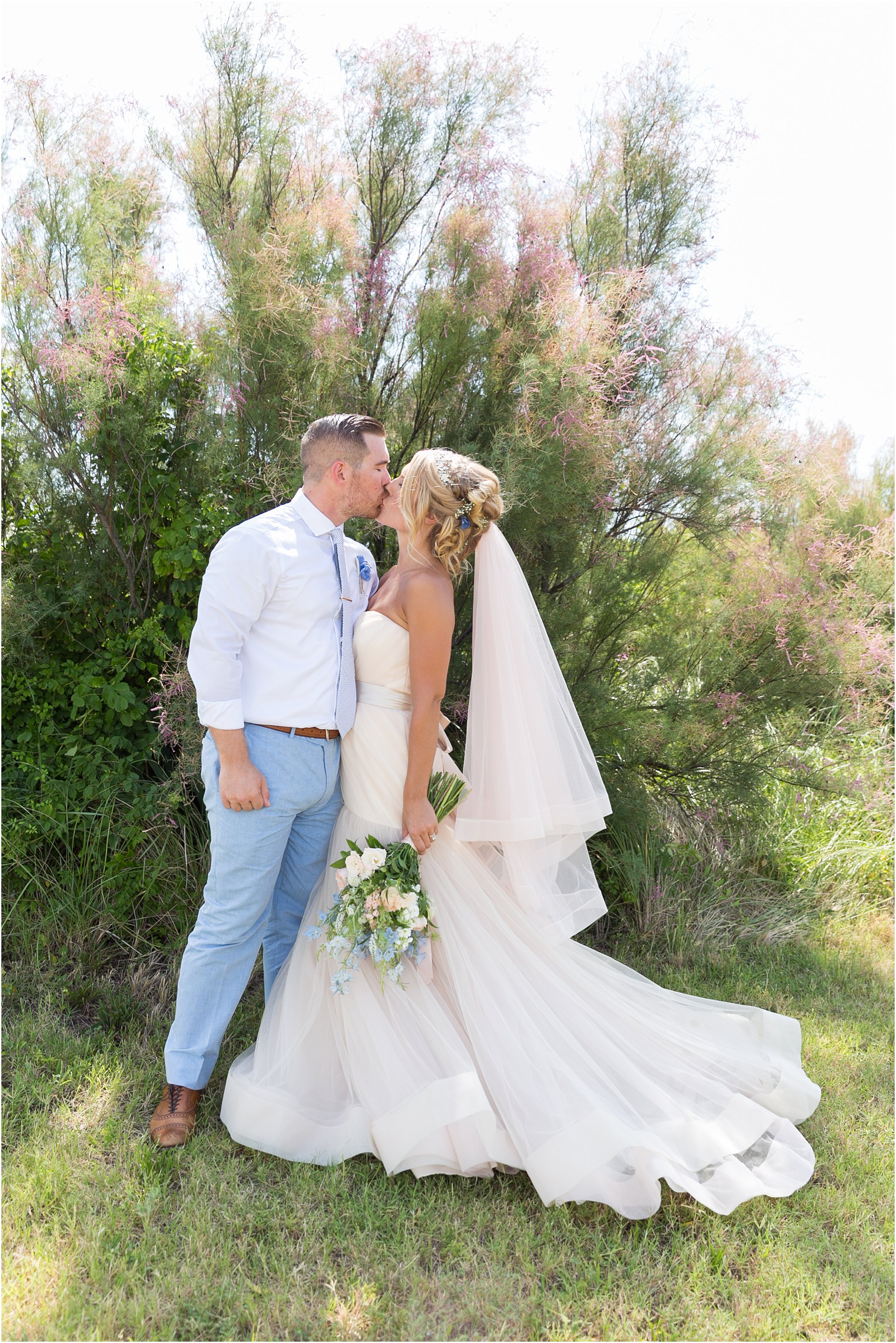 jessica_ryan_photography_virginia_beach_water_tabe_wedding_vera_wang_wedding_dress_0622