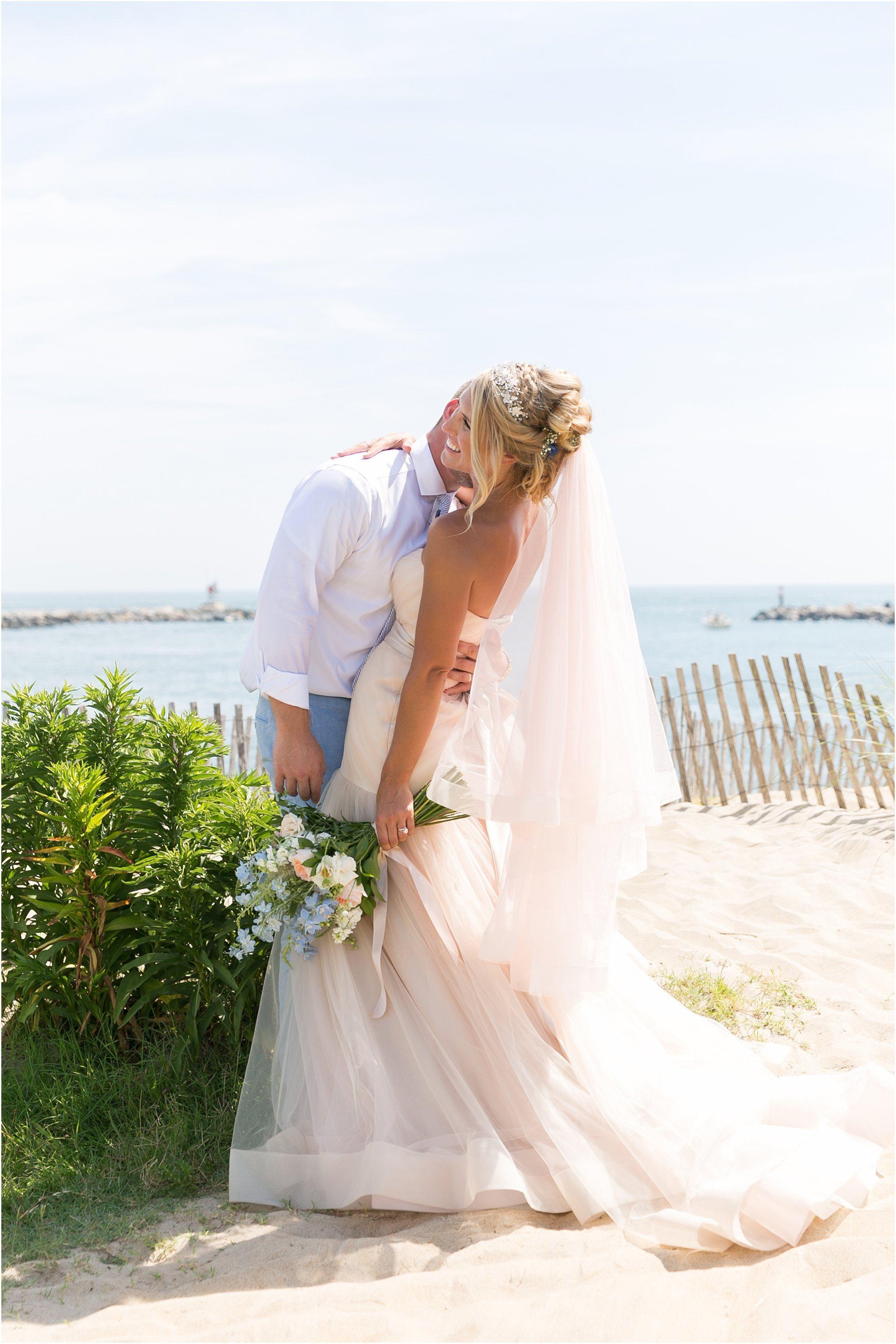 jessica_ryan_photography_virginia_beach_water_tabe_wedding_vera_wang_wedding_dress_0629