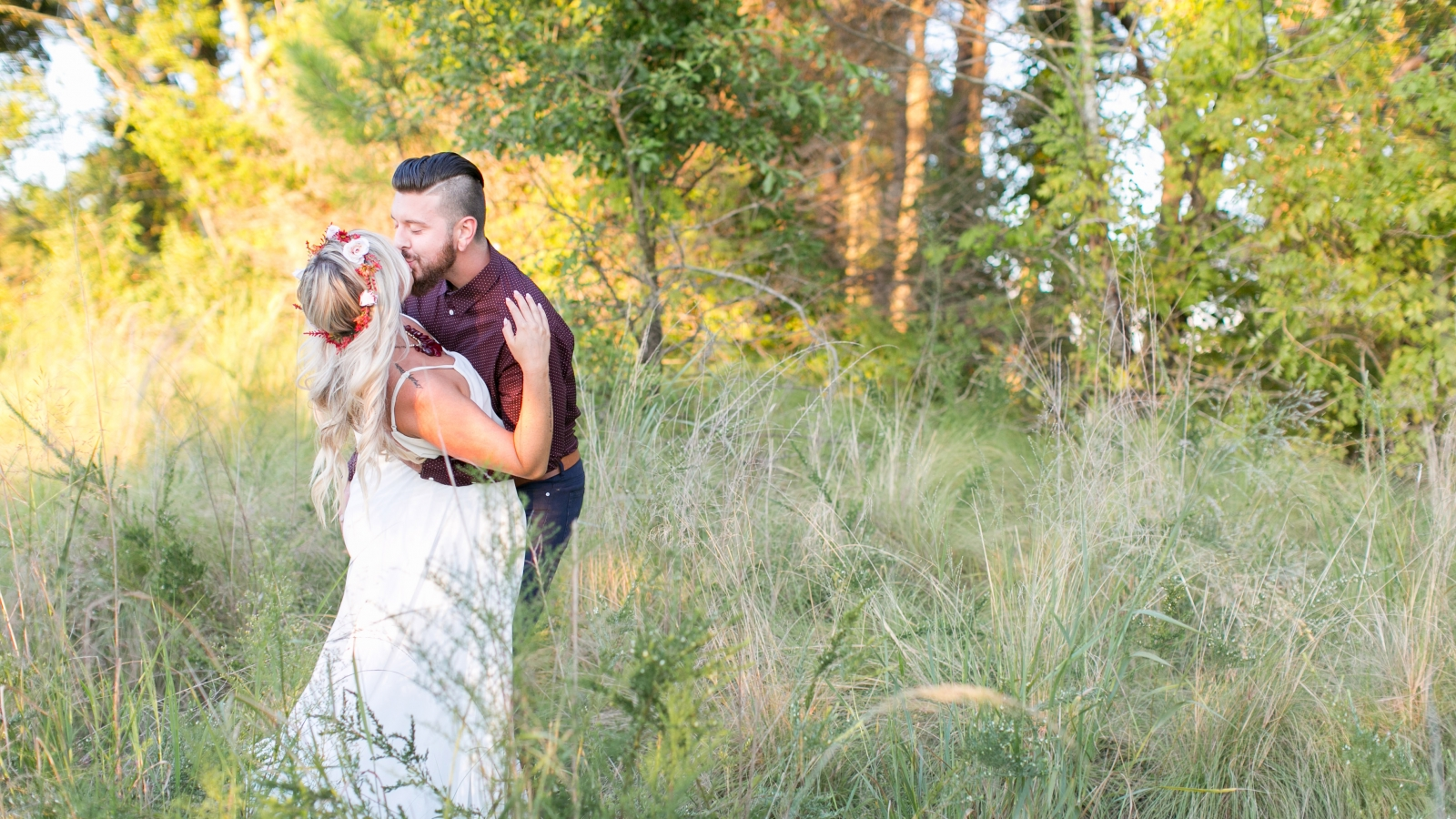 first_landing_state_park_adventurous_couple_wedding_photography_Virginia