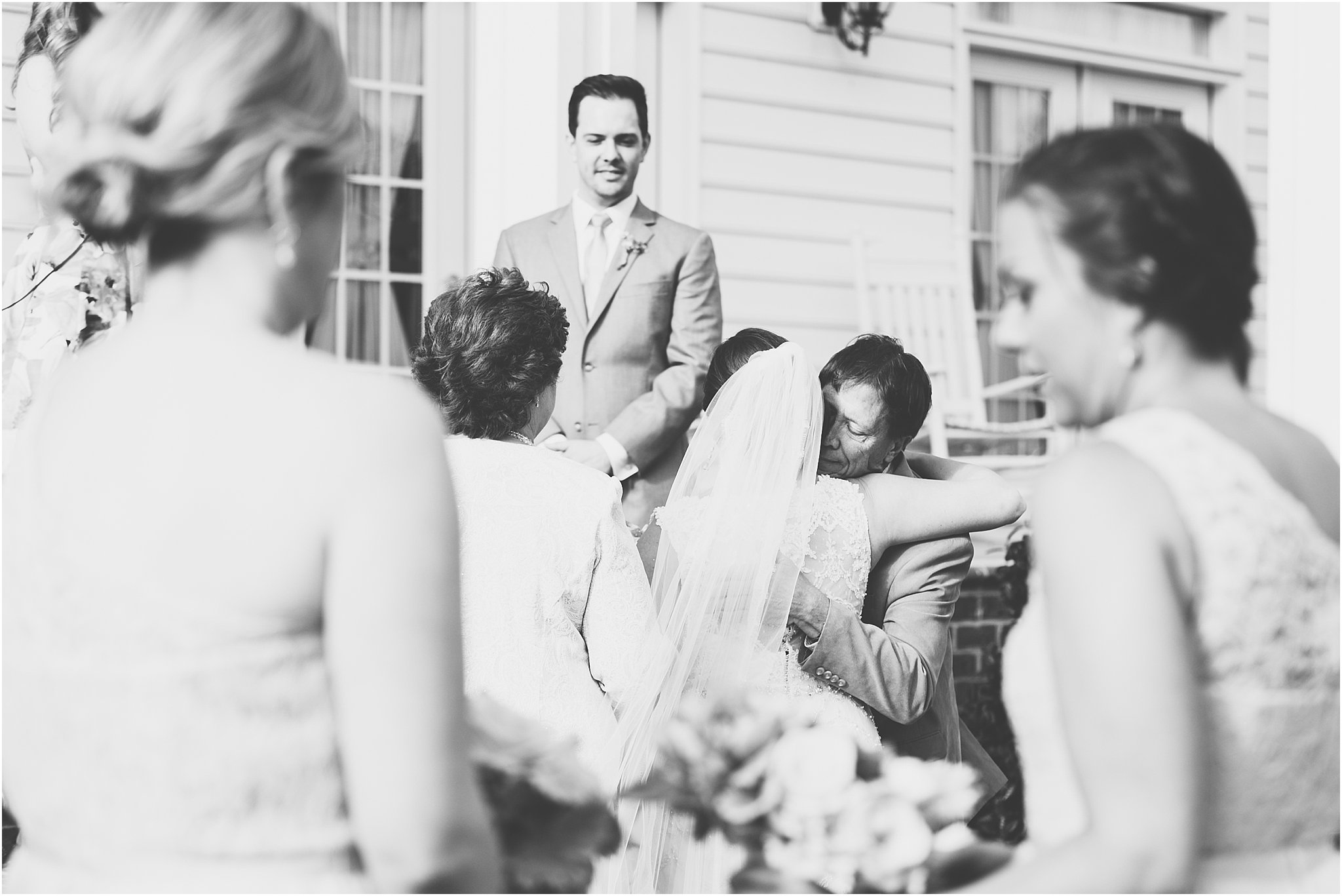 jessica_ryan_photography_holly_ridge_manor_wedding_roost_flowers_jamie_leigh_events_dhalia_edwards_candid_vibrant_wedding_colors_1293