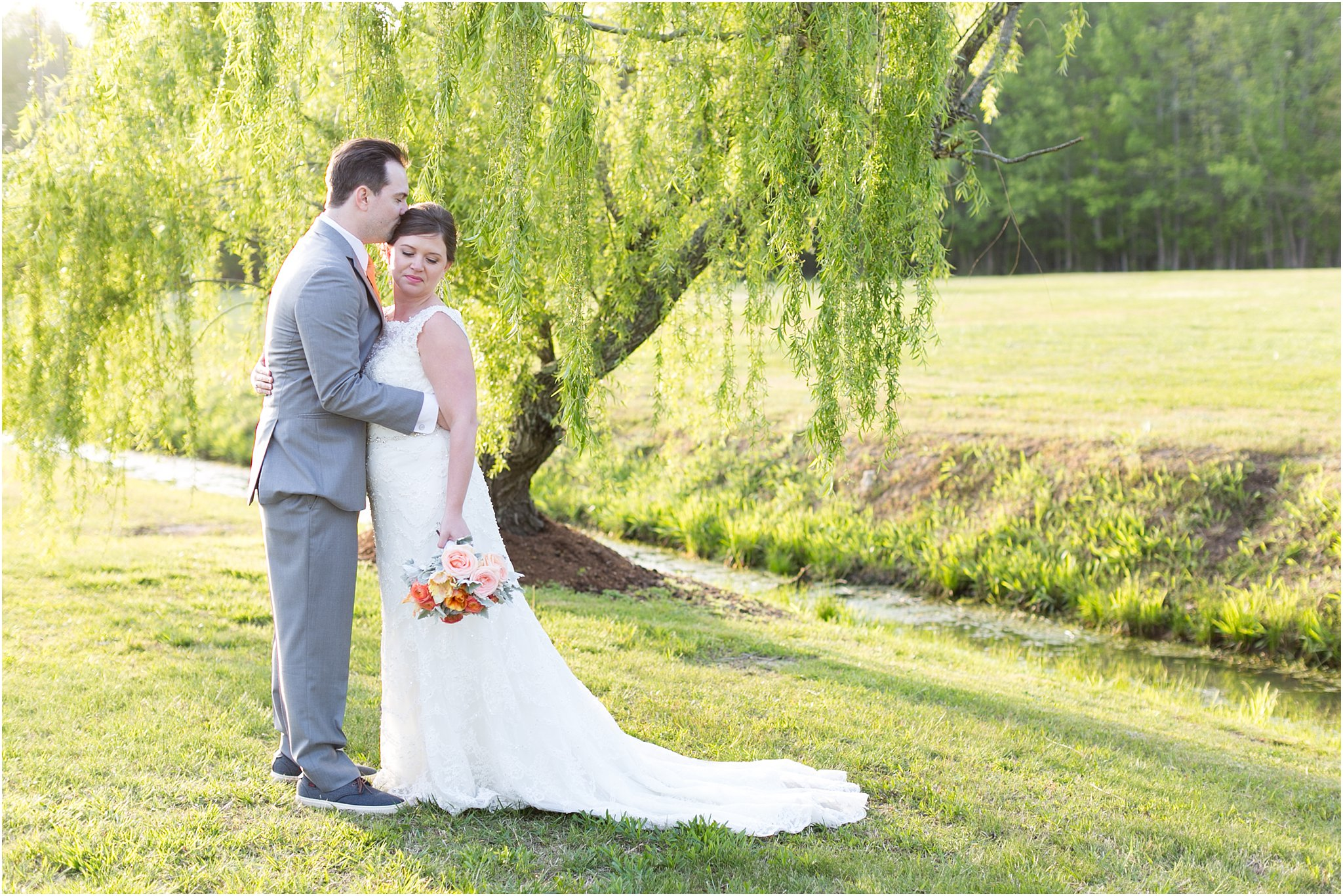 jessica_ryan_photography_holly_ridge_manor_wedding_roost_flowers_jamie_leigh_events_dhalia_edwards_candid_vibrant_wedding_colors_1329