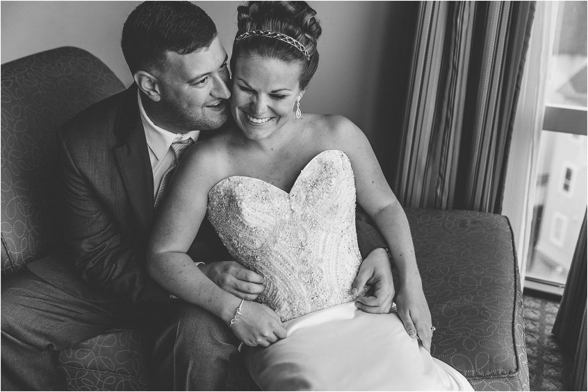 lesner inn wedding rainy wedding day first look bride and groom portrait