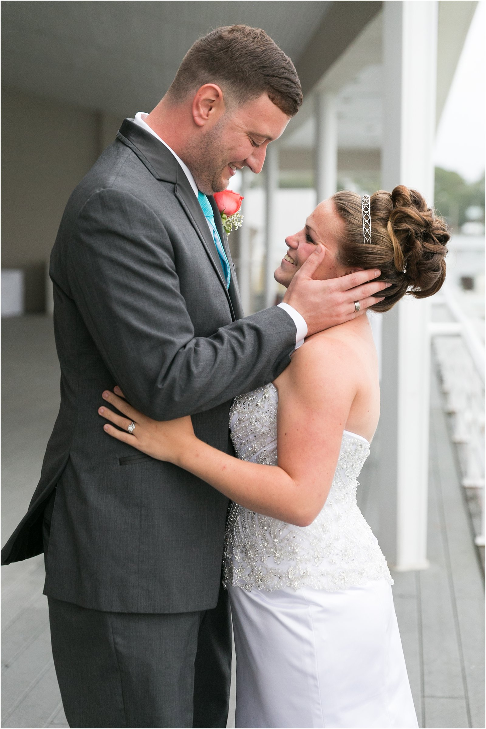 jessica_ryan_photography_lesner_inn_wedding_virginia_beach_rainy_day_0510