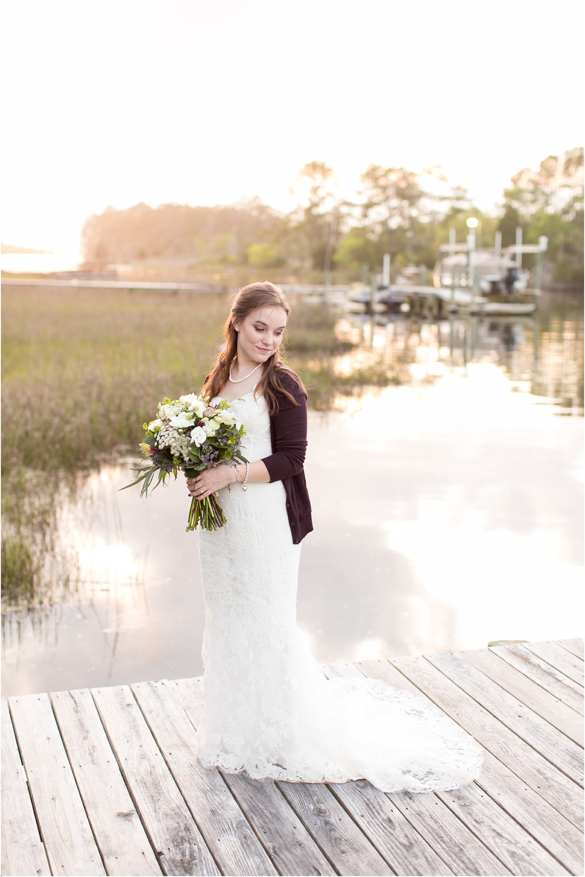 jessica_ryan_photography_virginia_virginiabeachwedding_bayislandvirginiabeach_backyardwedding_waterfrontwedding_intimatewedding_vintagewedding_1612