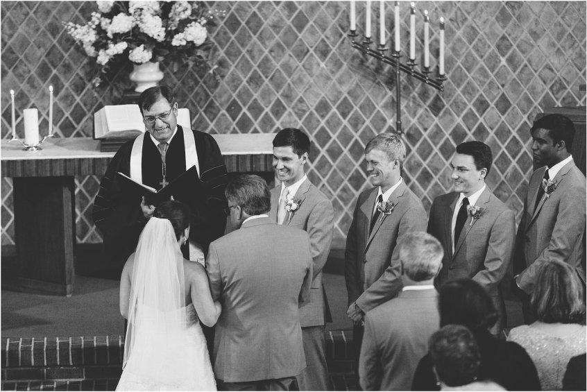 jessica_ryan_photography_wedding_photography_virginiabeach_virginia_candid_authentic_wedding_portraits_marina_shores_yacht_club_chesapeake_bay_1848