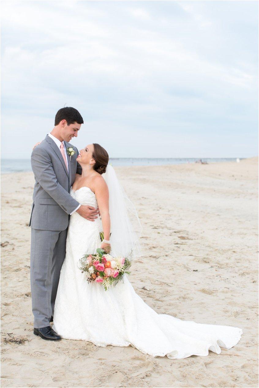 jessica_ryan_photography_wedding_photography_virginiabeach_virginia_candid_authentic_wedding_portraits_marina_shores_yacht_club_chesapeake_bay_1872