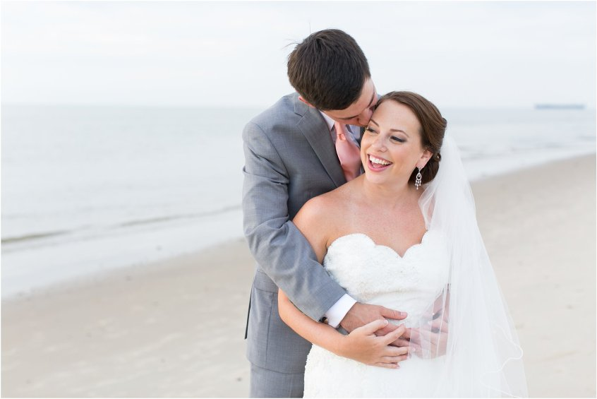 jessica_ryan_photography_wedding_photography_virginiabeach_virginia_candid_authentic_wedding_portraits_marina_shores_yacht_club_chesapeake_bay_1883