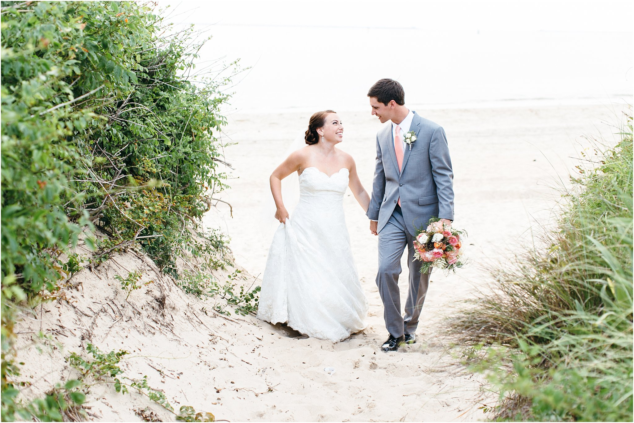jessica_ryan_photography_wedding_photography_virginiabeach_virginia_candid_authentic_wedding_portraits_marina_shores_yacht_club_chesapeake_bay_1894