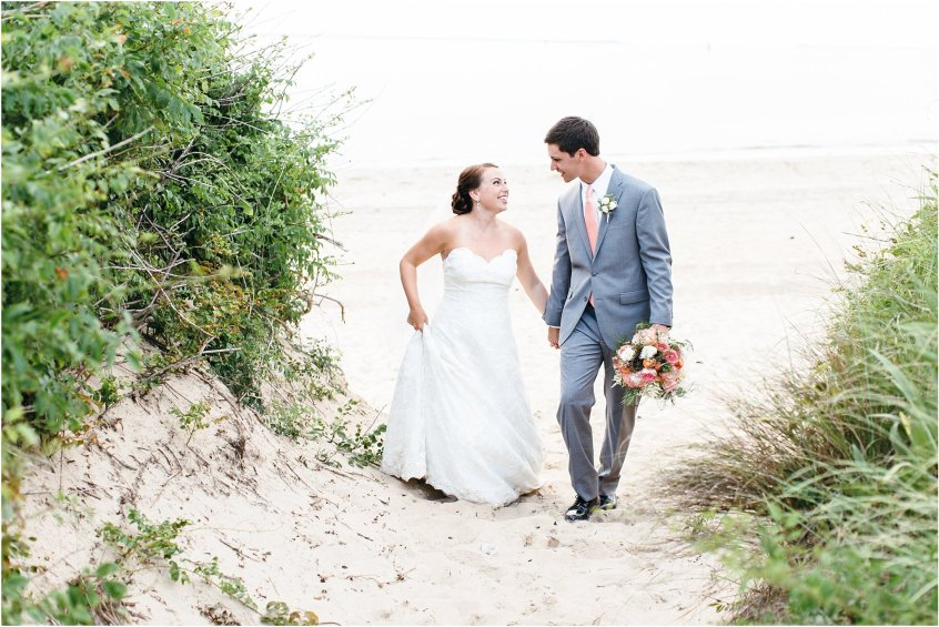 jessica_ryan_photography_wedding_photography_virginiabeach_virginia_candid_authentic_wedding_portraits_marina_shores_yacht_club_chesapeake_bay_1894