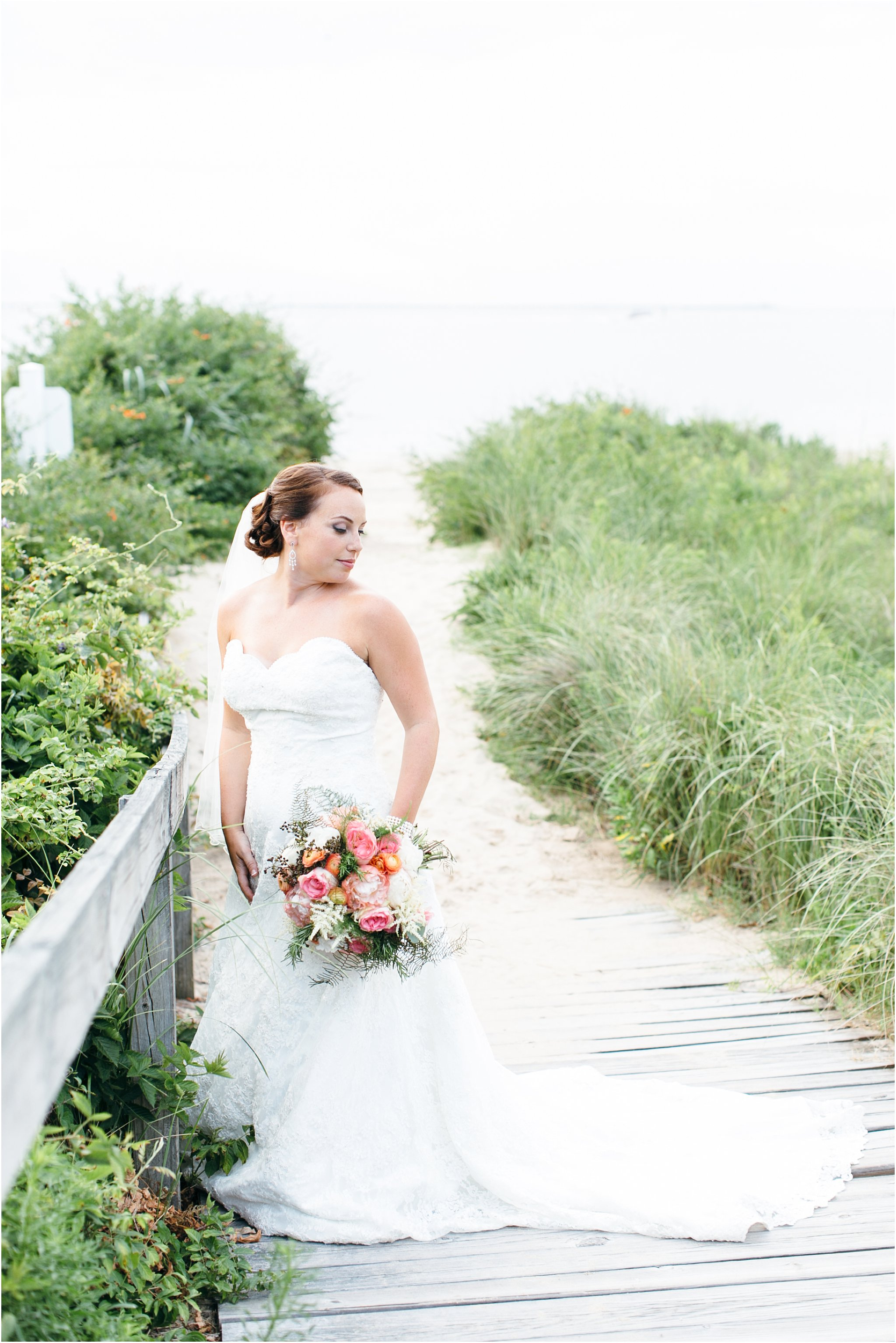 jessica_ryan_photography_wedding_photography_virginiabeach_virginia_candid_authentic_wedding_portraits_marina_shores_yacht_club_chesapeake_bay_1899