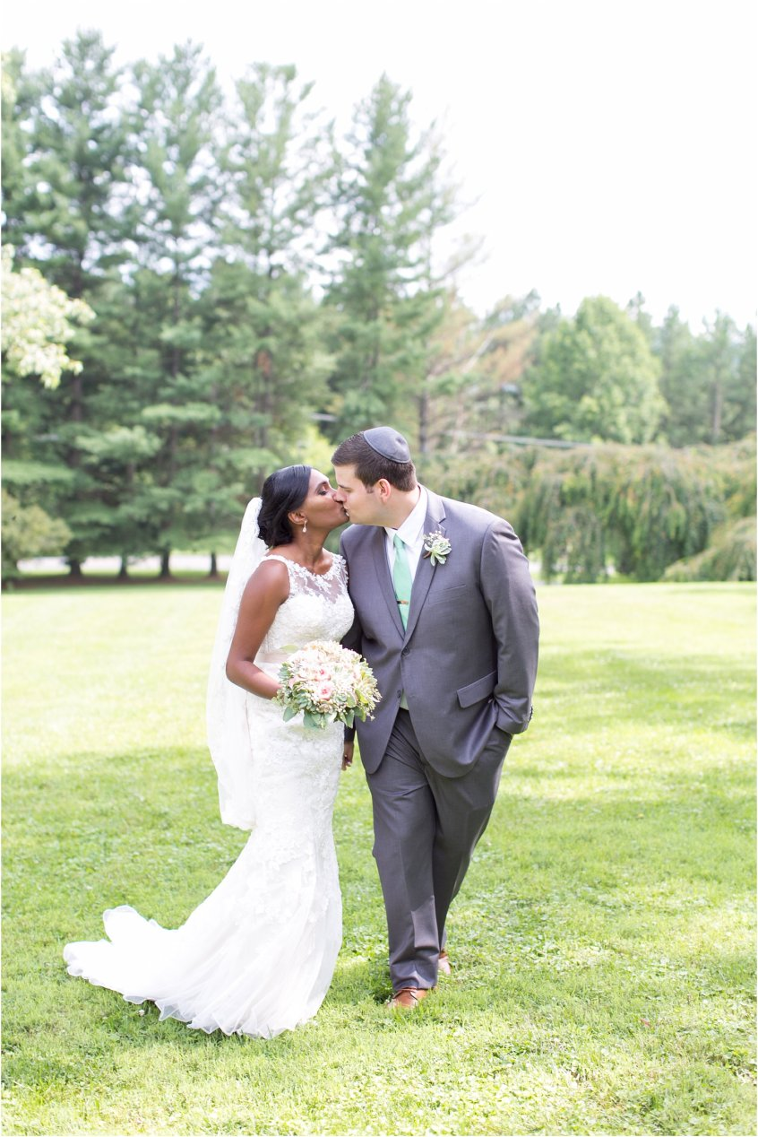 jessica_ryan_photography_virginia__middleburg_briar_patch_bed_and_breakfast_mountainside_wedding_Virginia_wedding_photographer_stella_york_wedding_dress_wedding_2536