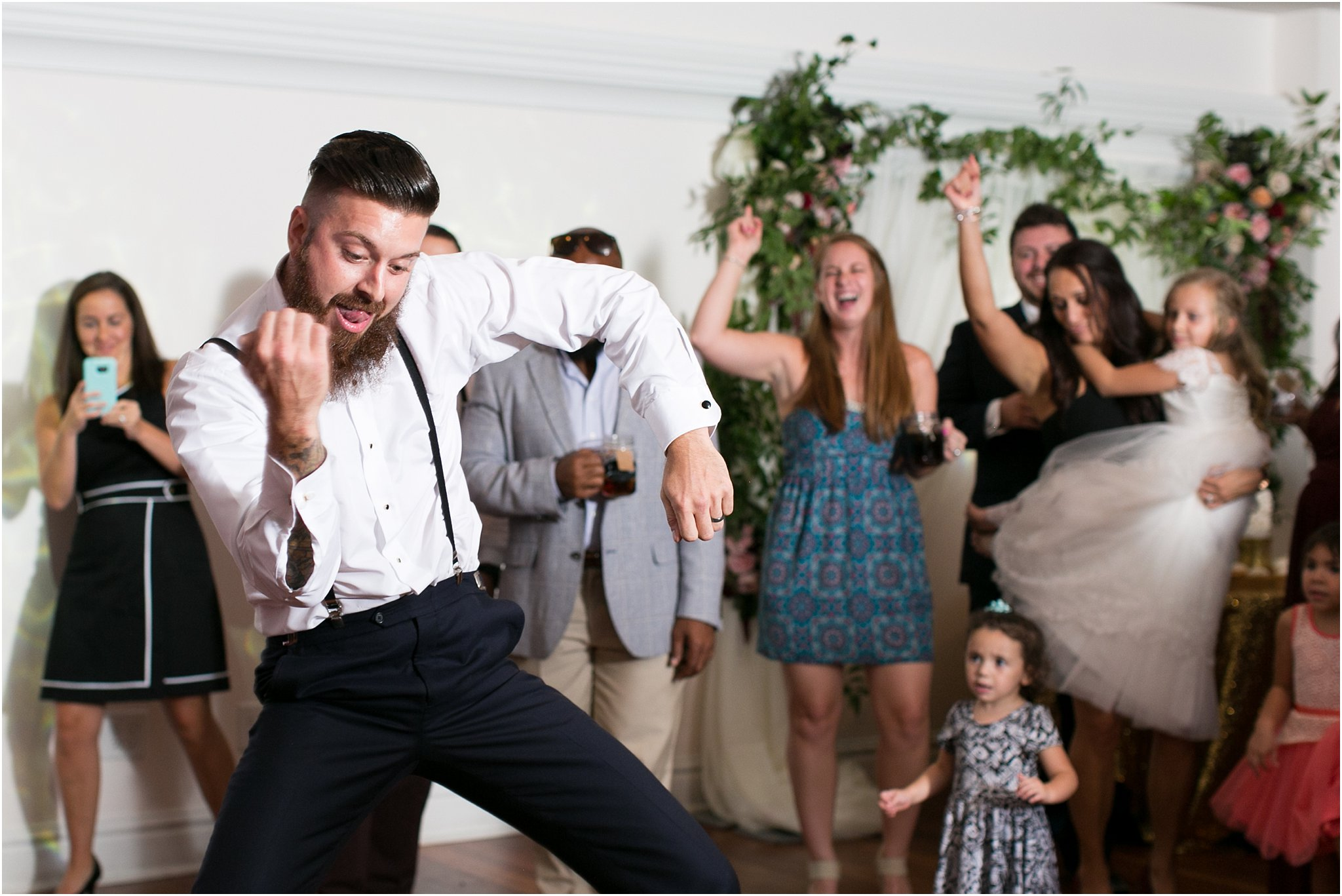 jessica_ryan_photography_virginia_wedding_photographer_candid_authentic_hampton_roads_wedding_photography_marina_shores_yacht_club_first_landing_state_park_woodland_theme_garden_3395