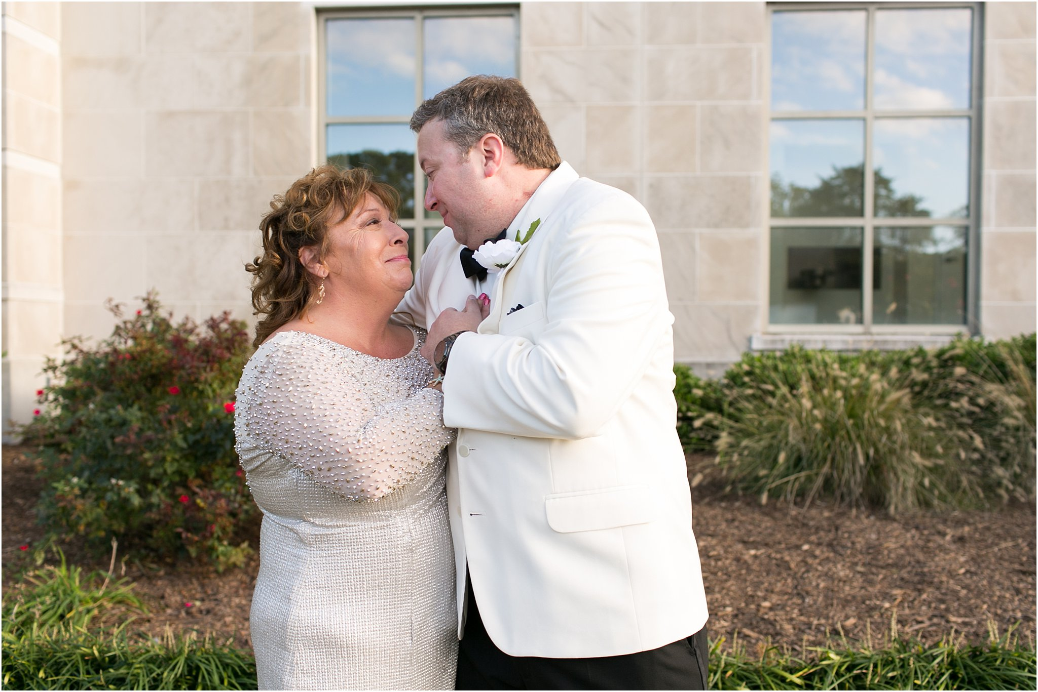 va_jessica_ryan_photography_virginia_wedding_norfolk_harrison_opera_house_norfolk_arts_district_portraits_3793