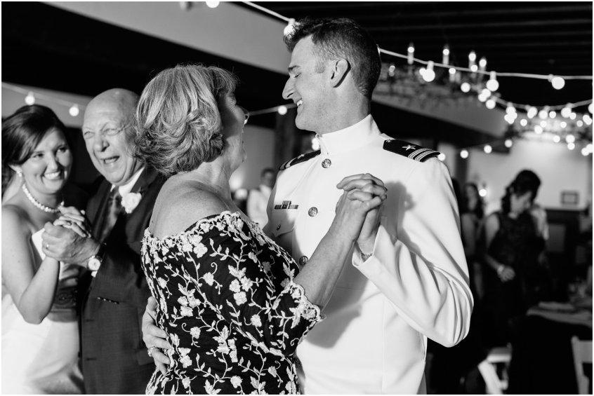 jessicaryanphotography_williamsburg_winery_virginia_wedding_photography__0270