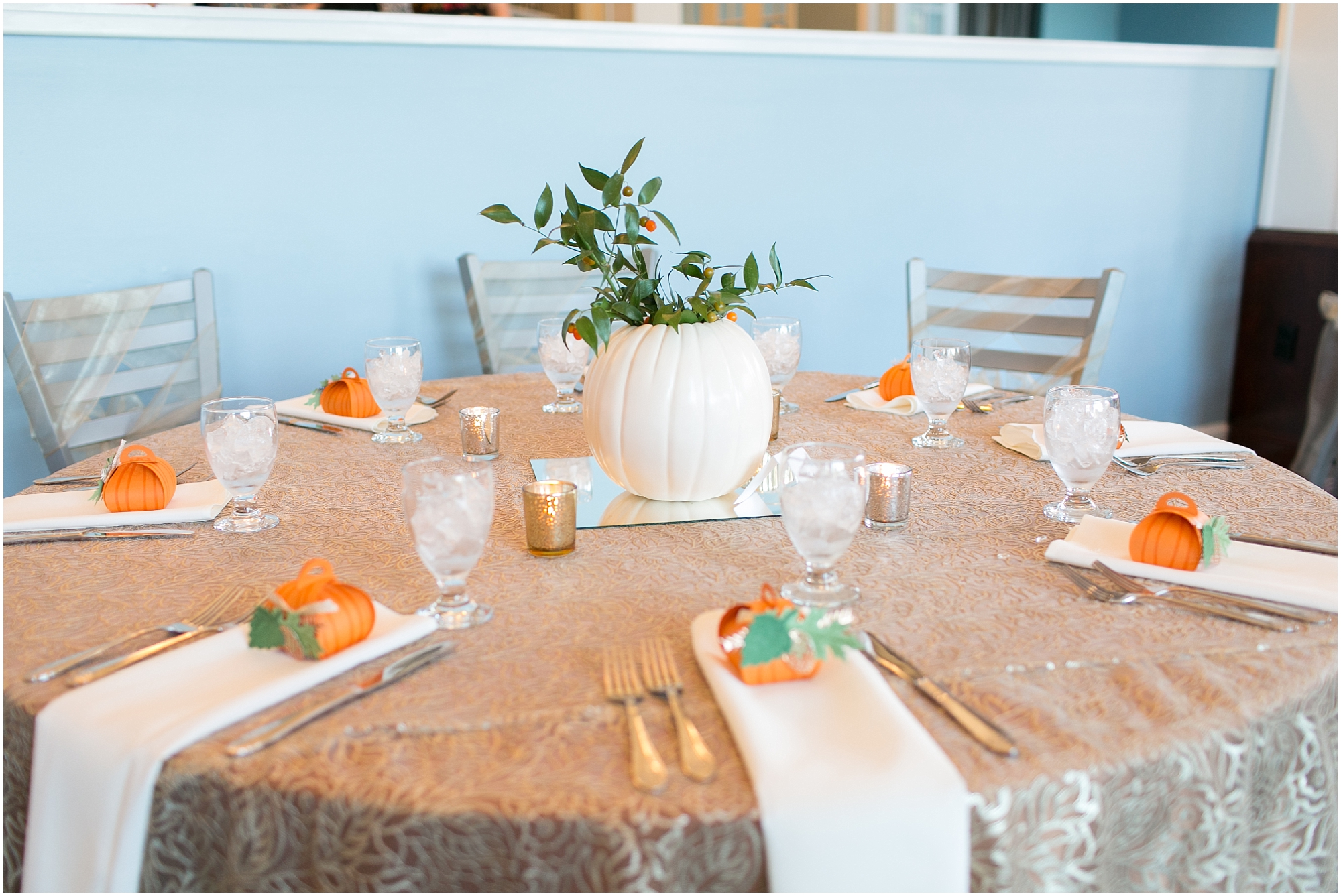 cypress point country club wedding virginia beach jessica ryan photography, fluttering flowers, reception