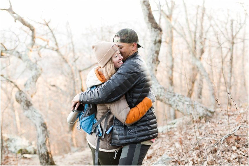 Jessica_ryan_photography_virginia_adventure_sessions_blue_ridge_mountains_couple_1163