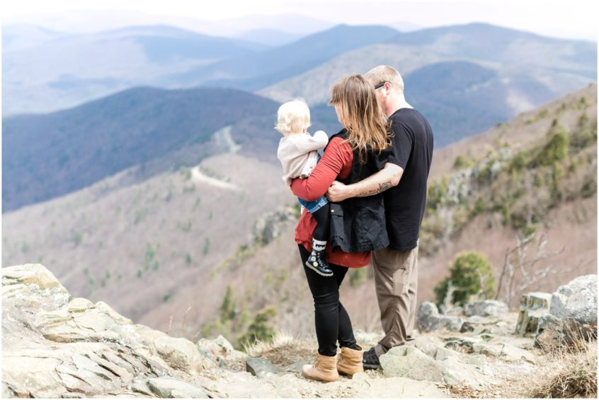 Jessica_ryan_photography_virginia_adventure_sessions_blue_ridge_mountains_couple_1176