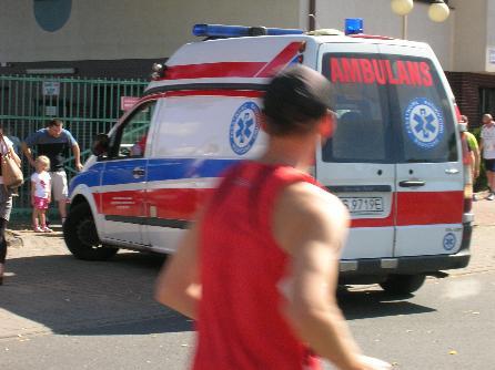 ambulans karetka półmaraton gryfa