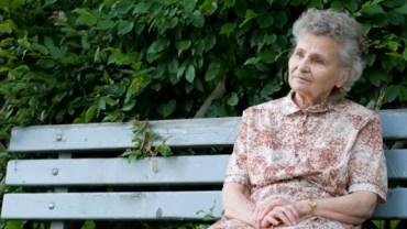 Kobietę w parku denerwowało zachowanie pewnego chłopca. Gdyby nie on, jej życie wyglądałoby całkiem inaczej...