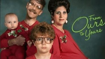 Kiedy chcesz mieć wspaniałe świąteczne zdjęcie… ale twoja rodzina skutecznie ci to uniemożliwi…