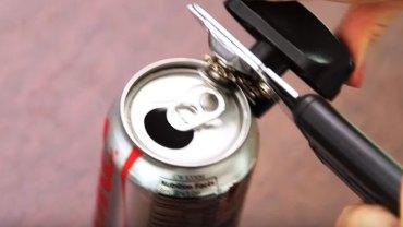 3 kreatywne sposoby na wykorzystanie pustych puszek po Coca-Coli! Zobacz, co ciekawego można z nich zrobić!