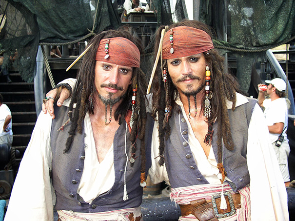 Famous actors and their body doubles. Could you tell them apart easily? 2