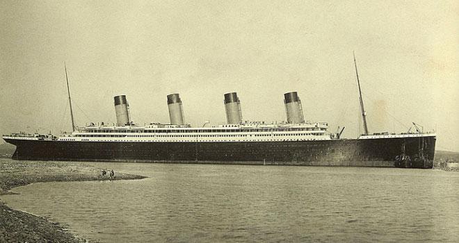 elizabeth-titanic-p