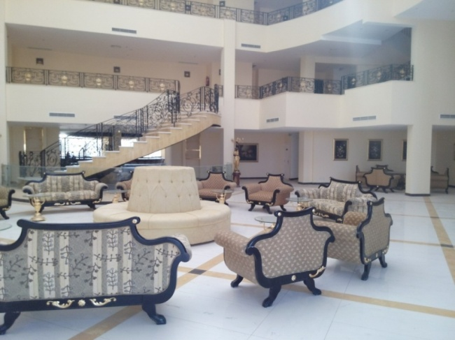 deserted-complex-raouf-hotels-8
