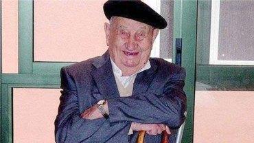 Antonio zmarł w wieku 107 lat, ale przed śmiercią zdradził, że sekretem jego długowieczności był alkohol. Ile go pił?