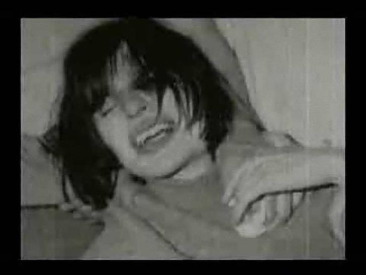 """Prawdziwa historia """"Egzorcyzmów Emily Rose"""" jest o wiele bardziej przerażająca niż film. Zobacz, jak wyglądało to naprawdę!"""