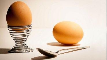 Jajeczna dieta rodzi wiele dyskusji wśród dietetyków i lekarzy, ale ludzie ją pokochali, bo pozwala schudnąć nawet 10 kg w 2 tygodnie!