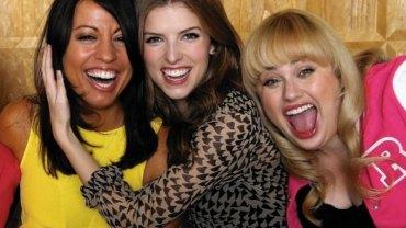 Amerykańscy naukowcy dowodzą, że spotykanie się z przyjaciółmi dwa razy w tygodniu poprawia stan zdrowia! To idealna wymówka, by wyrwać się na imprezę!
