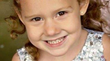 Lekarka bez skrupułów odesłała do domu chorą dziewczynkę. Ta decyzja okazała się dla dziecka zabójcza, a jej powód był niezwykle błahy