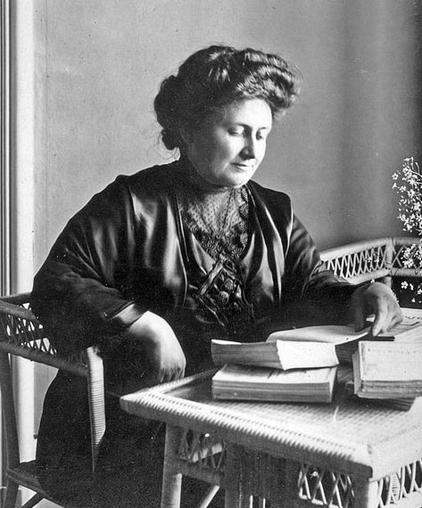 The 19 Montessori Mary rules. This Italian doctor totally changed her approach in raising her children and her method has been used for over 100 years 3
