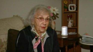 Włamywacz chciał wykorzystać 88-letnią staruszkę, ale seniorka skutecznie obroniła się przed napastnikiem, wypowiadając tylko trzy słowa!