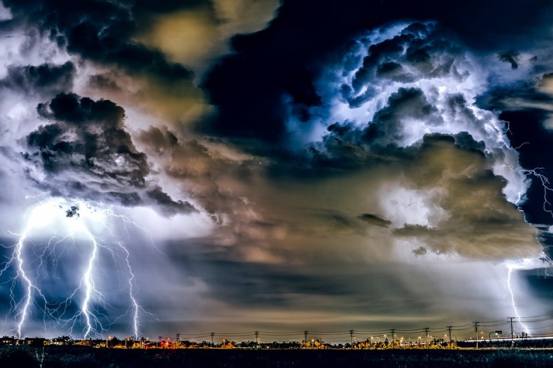 Such a recording of a storm has not yet been done by anyone in the world! This film is proof that the beauty of nature is nothing to dim 2