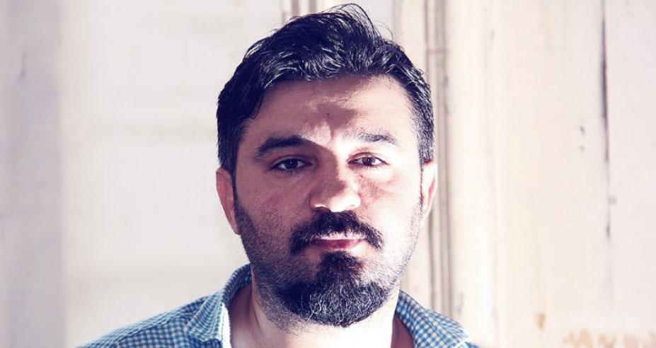 Rysownik z Azerbejdżanu po raz kolejny wstrząsa opinią publiczną i internautami. Jego ilustracje są bezpośrednie, ostre i do bólu szczere