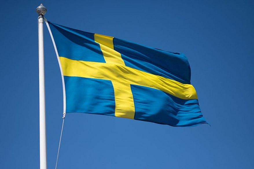 Oto, książeczka edukacyjna dla małych Szwedów! Homoseksualiści, opiekunka-transwestyta, kobieta w burce i jednorożce...