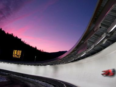 the whistler sliding centre luge 34imgGalBig EV - Dossier JO Vancouver 2010 (9/15) : Luge