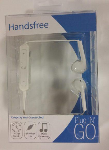 L'emballage des écouteurs bluetooth Plug N Go mains libres