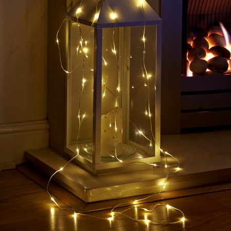 Les lumières micro LED AGL à piles de 2.3m sont du plus bel effet dans des vases et autres objets de décoration en verre.
