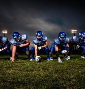 athletes ball field football football players game grass helmets 1364751 - Comment profiter au maximum des paris sportifs ?