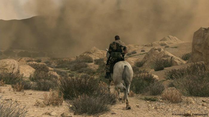 Metal-Gear-Solid-V-The-Phantom-Pain-E3-2013-Horseback-Afghanistan