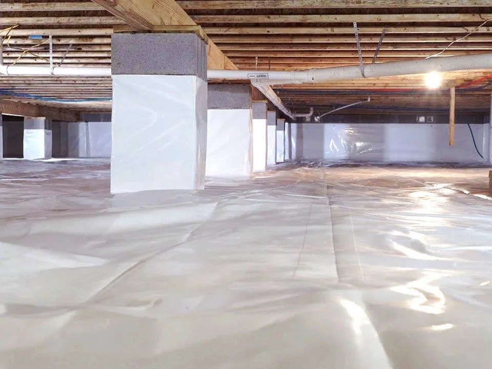 Crawl Space encapsulation with pillars